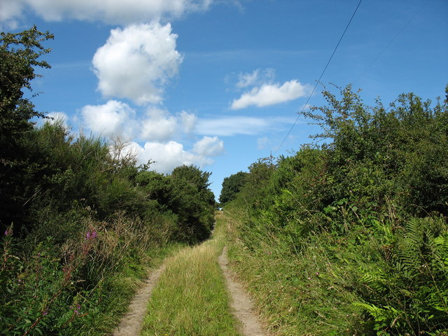 Track with public Right Of Way leading to Cae Crin