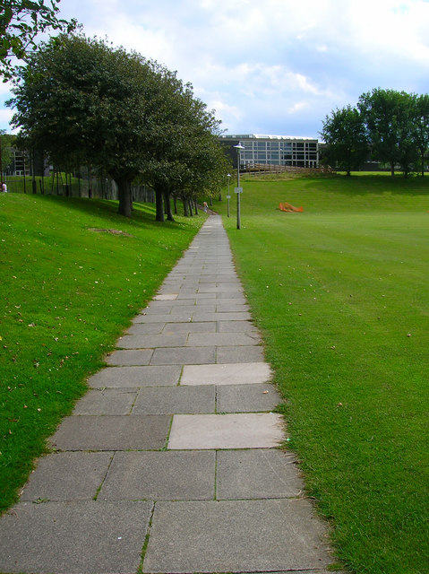Footpath to the University of Brighton