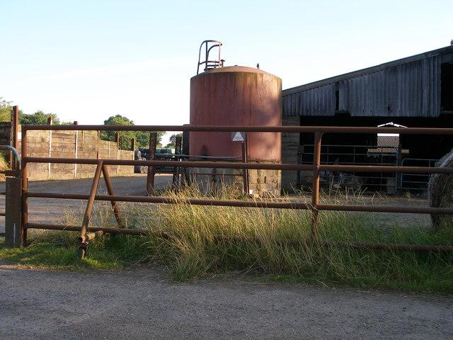 Petingall Farm buildings