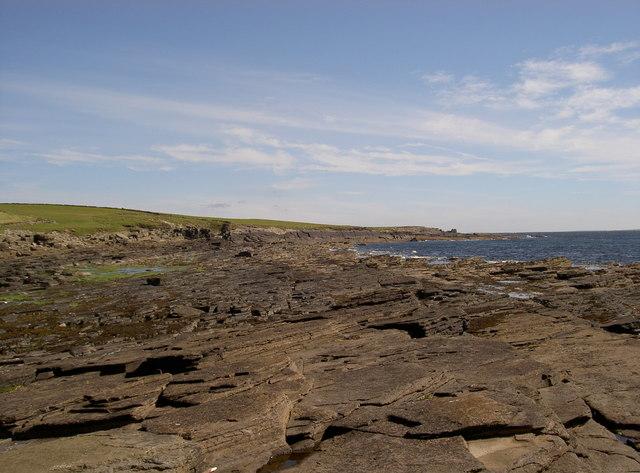 Rocks below Broch o Burristae