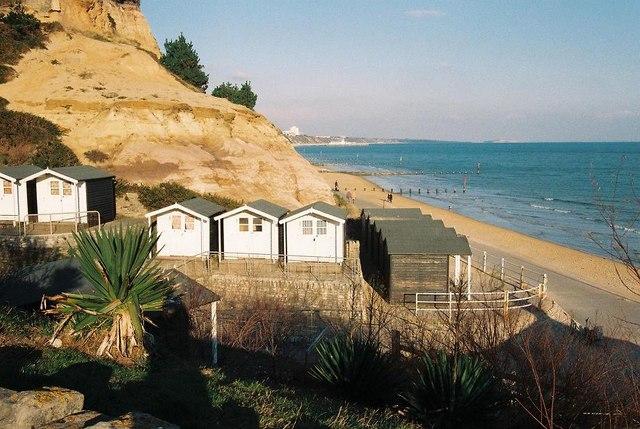 Branksome Dene Chine: beach huts and cliff