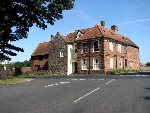 Approaching Westwick Road/School Road junction