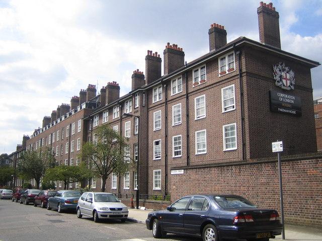 Southwark: Pakeman House, Pocock Street, SE1