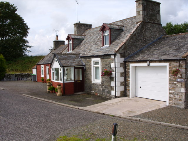 Minto Cottage at the Junction with the A755