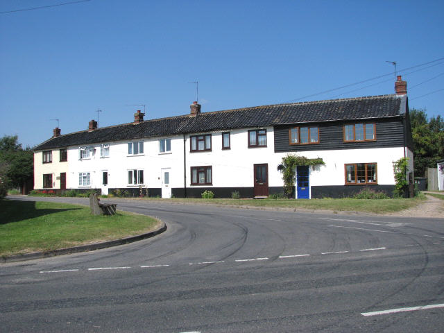 School Road, junction with The Street