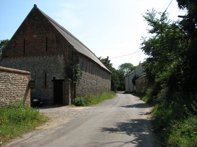 Grove Road past Church Farm, approaching B1159