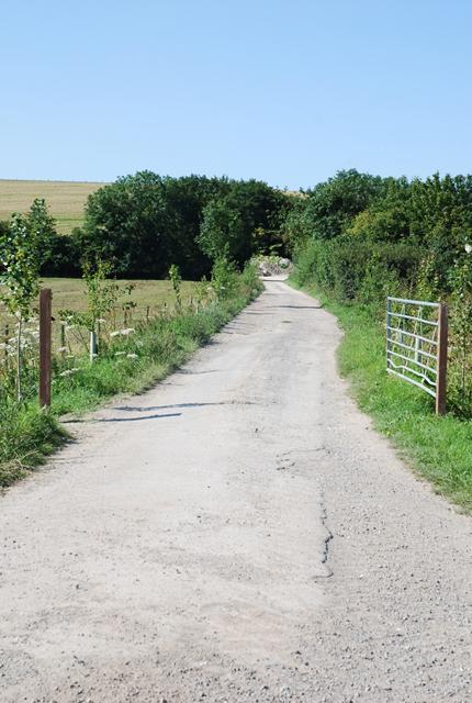 Entry to Field Barn Farm