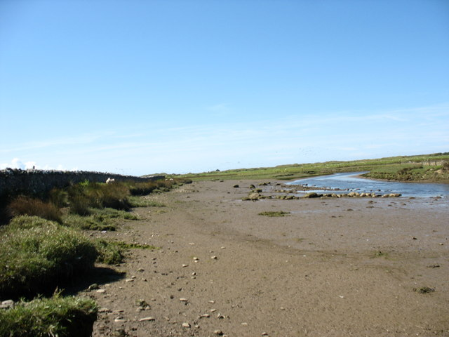 Afon Braint at low tide