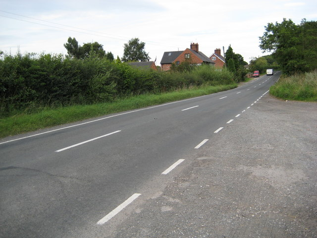 Rural homes alongside the A525