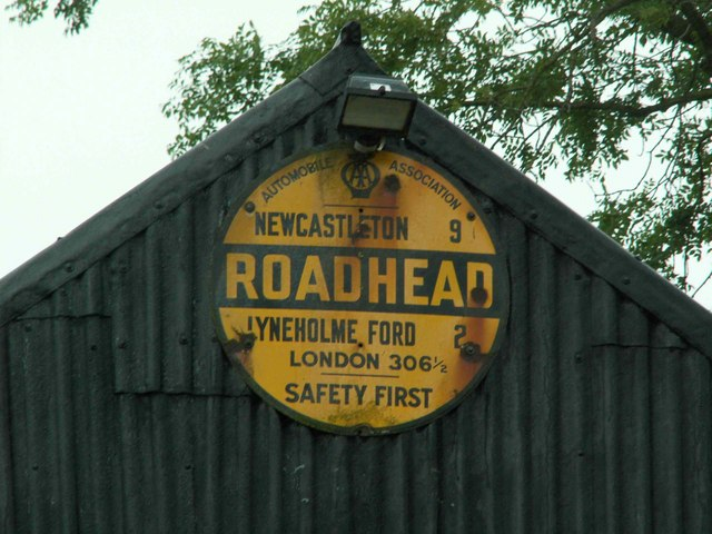 Old AA sign on shed at Roadhead