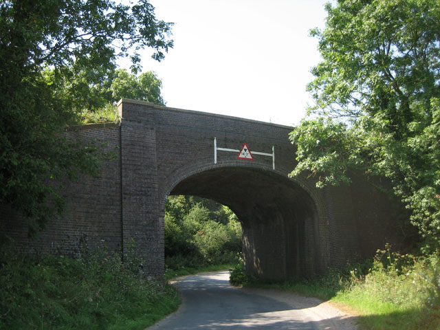 Railway bridge near Crane's Corner