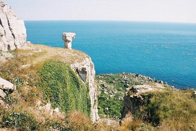 St. Aldhelm's Head: disused quarry