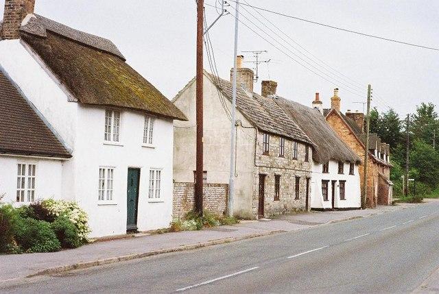 Stoborough: cottages