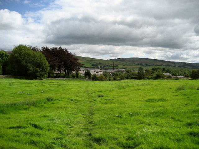 Pendle Way approaching Earby