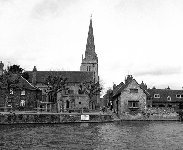 River Thames, Abingdon: St Helen's Wharf and Church