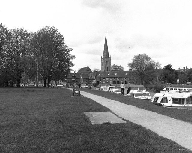 Thames Riverside and St Helens Church, Abingdon