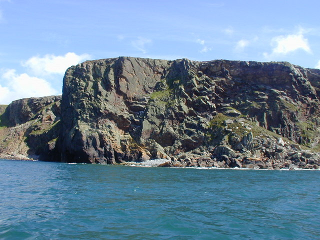 Headland to the south side of Aber Mawr, Ramsey Island