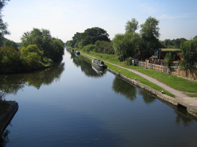 Grand Union Canal in South Harefield