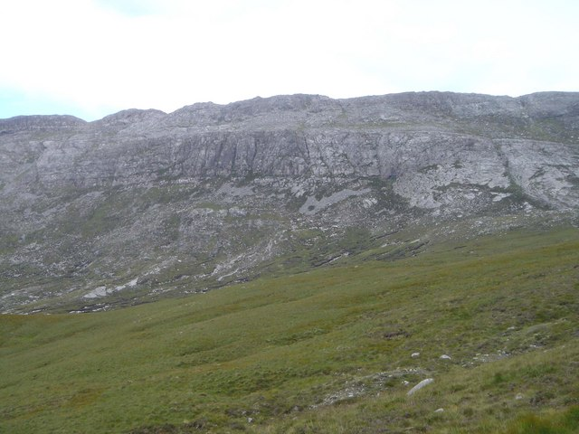 Ice-scoured bedrock on the north east face of Braebag