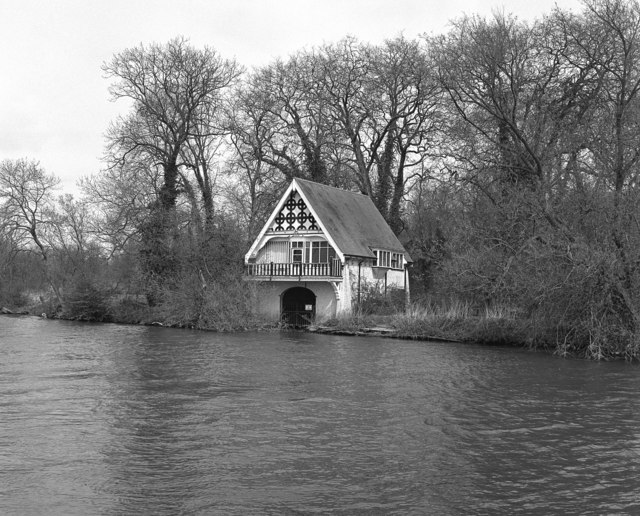 Boathouse, Nuneham, River Thames