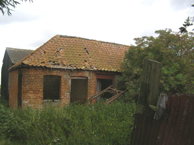 Derelict Farm Building, Thurlby Fen