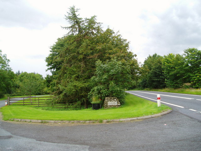Entrance to Barncrosh.