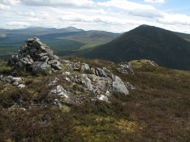 Leagag, summit cairn
