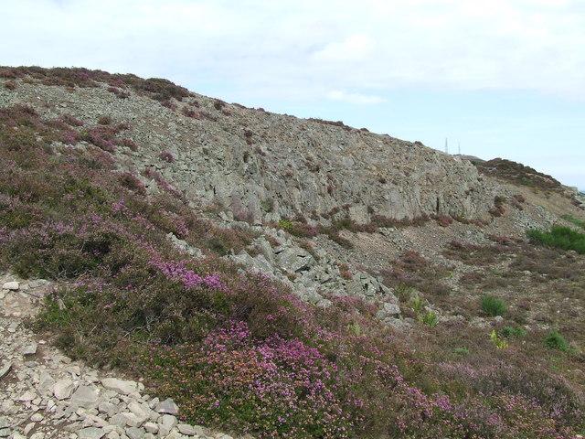 Rocky outcrops on Balkello Hill