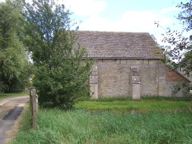 Ancient Barn, The Manor School