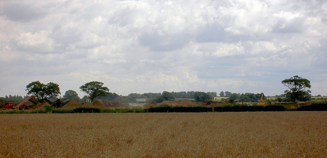 .Farmland from Gate Wood Lane