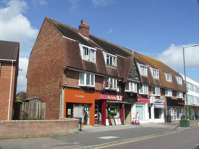Row of Shops in Tuckton Road