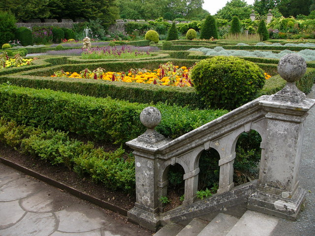 Formal garden, St Fagans Castle