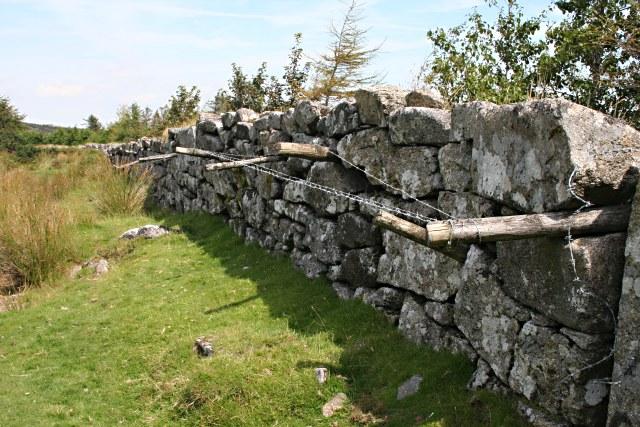 A Horizontal Fence