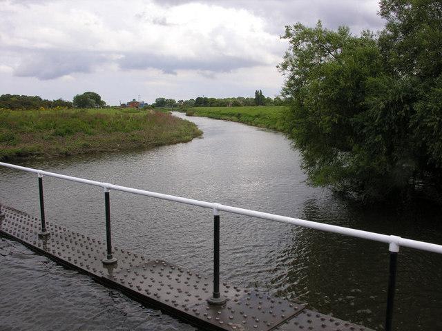 River Don below the aqueduct
