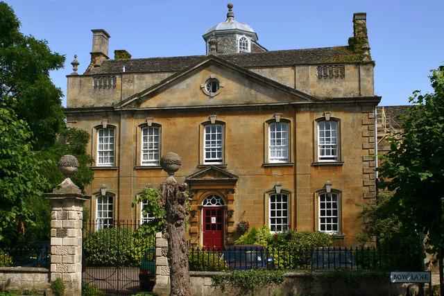Bourton Town House