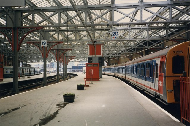 Windsor Lines at Waterloo Station, 1987