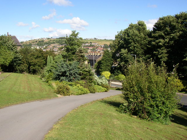 Path in Northcliffe Park, Shipley