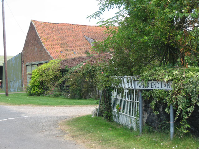 Farm buildings at end of Water End Lane, Beeston