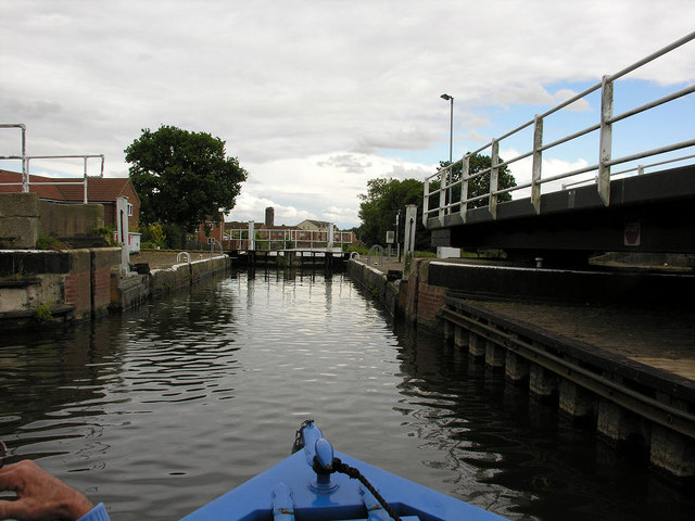 Thorne Lock  (open) from west