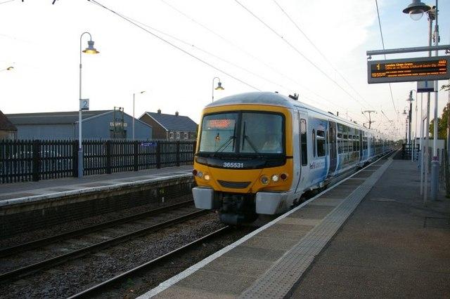 Train heading towards London Kings Cross, at Downham Market station