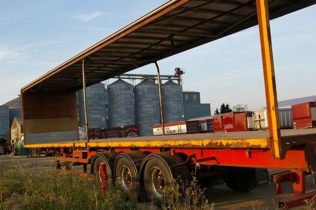 Heygates' Flour Mill, through truck