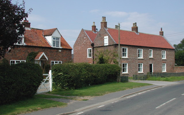 Sproatley Road, Flinton