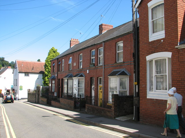 Chepstow - Badminton Villas in Bridge Street