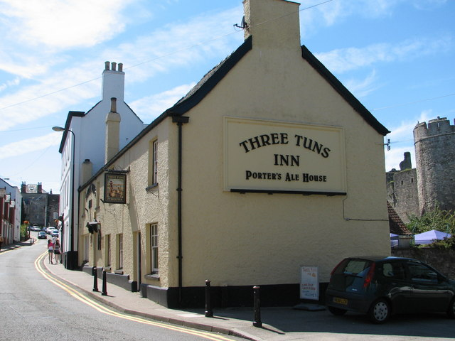 Chepstow - The Three Tuns Inn