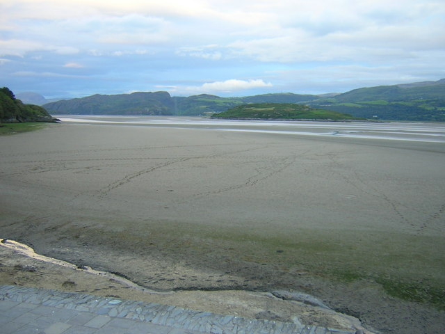 Tidal sandbanks and quicksands from Portmeirion