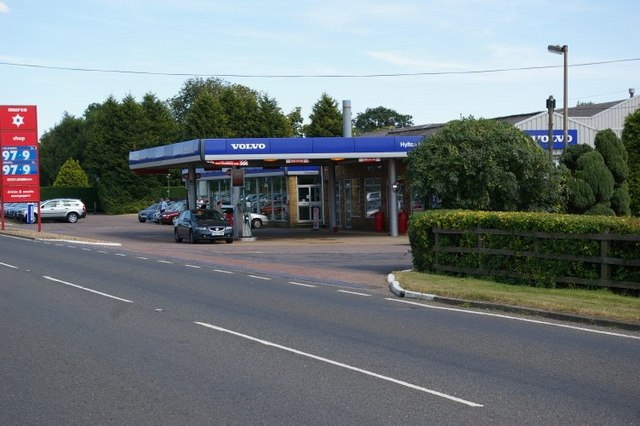Petrol station on A1122