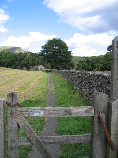 Footpath by St Oswalds Graveyard