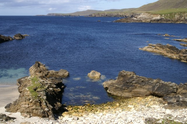 Beach at the west end of Wick of Collaster