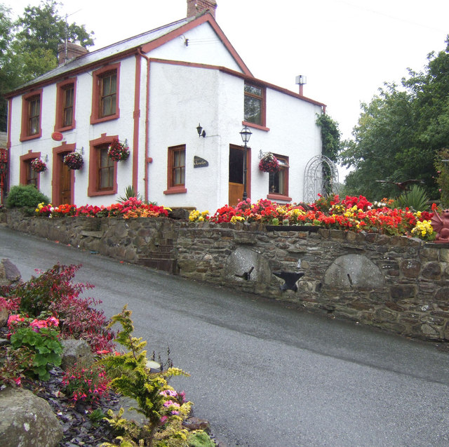 Floral display at Llanychaer post office