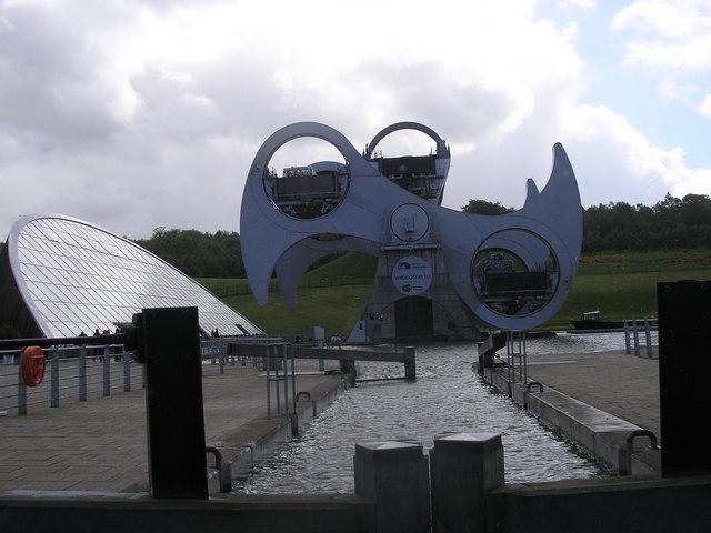 Falkirk Wheel in motion